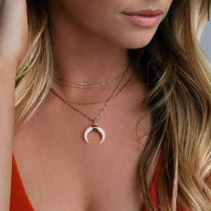 NWT Lulu's Bandit Babe Necklace